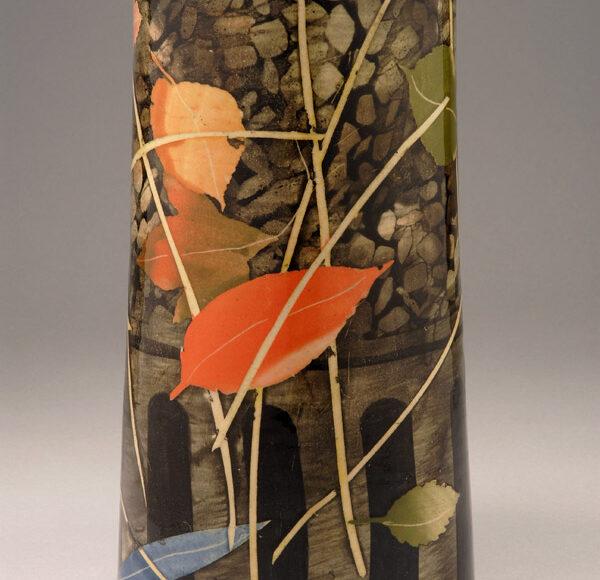 Tall oval vase 23cm grid, leaves & stalks £200