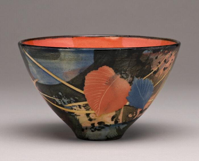 Small bowl 14x8cm leaves & stalks £125